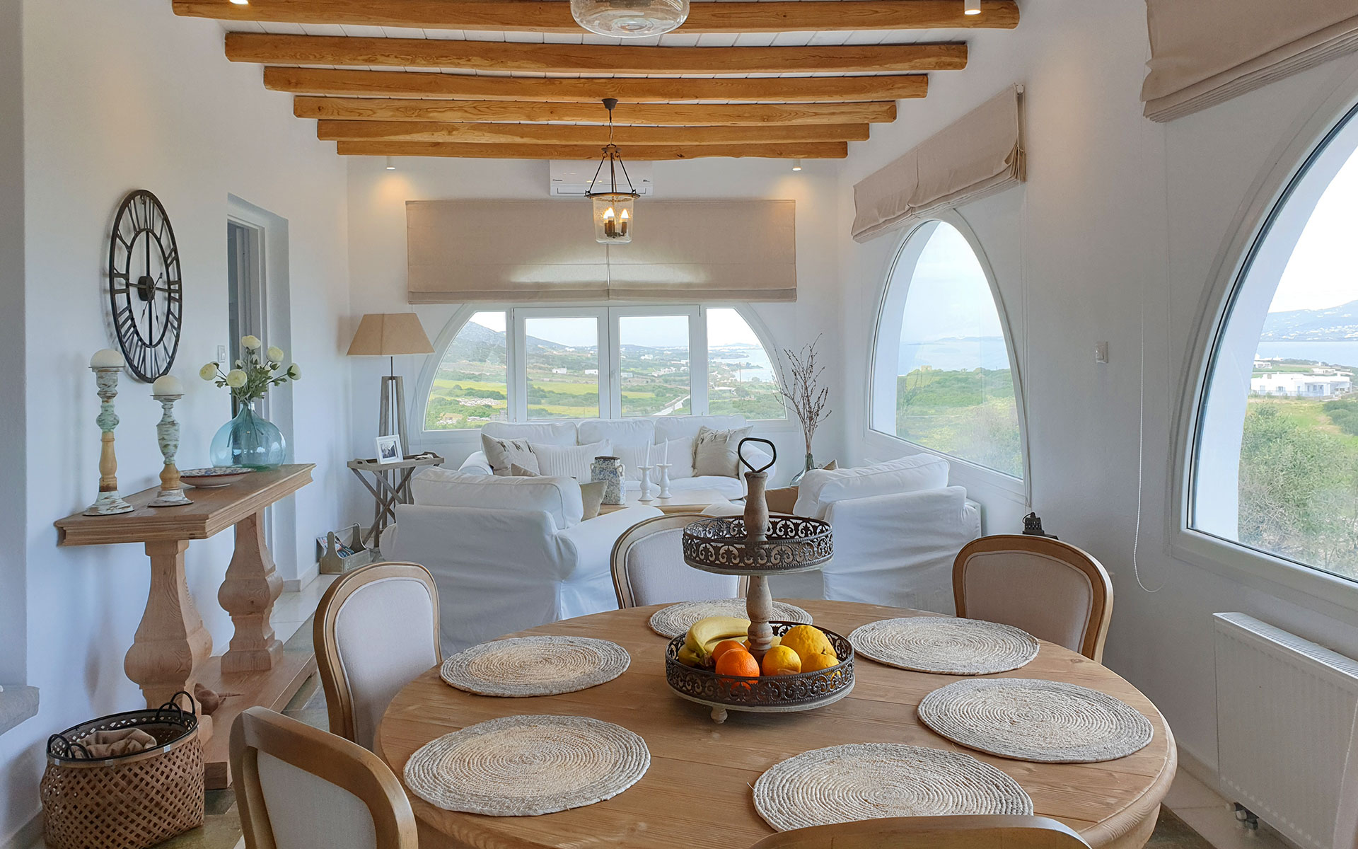 The Living Room of Artemis SunnyVilla in Antiparos - Magnificent View
